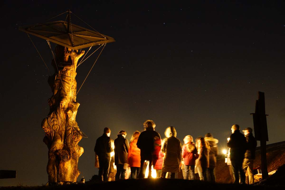 """Baum der Erkenntnis, März 2013, """"Weg der Versöhnung"""", Jugendgottesdienst"""