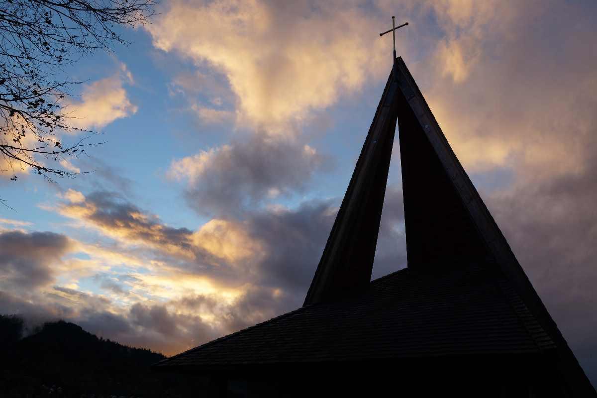 05.November 2012, das neue Kreuz auf der Anna-Kapelle
