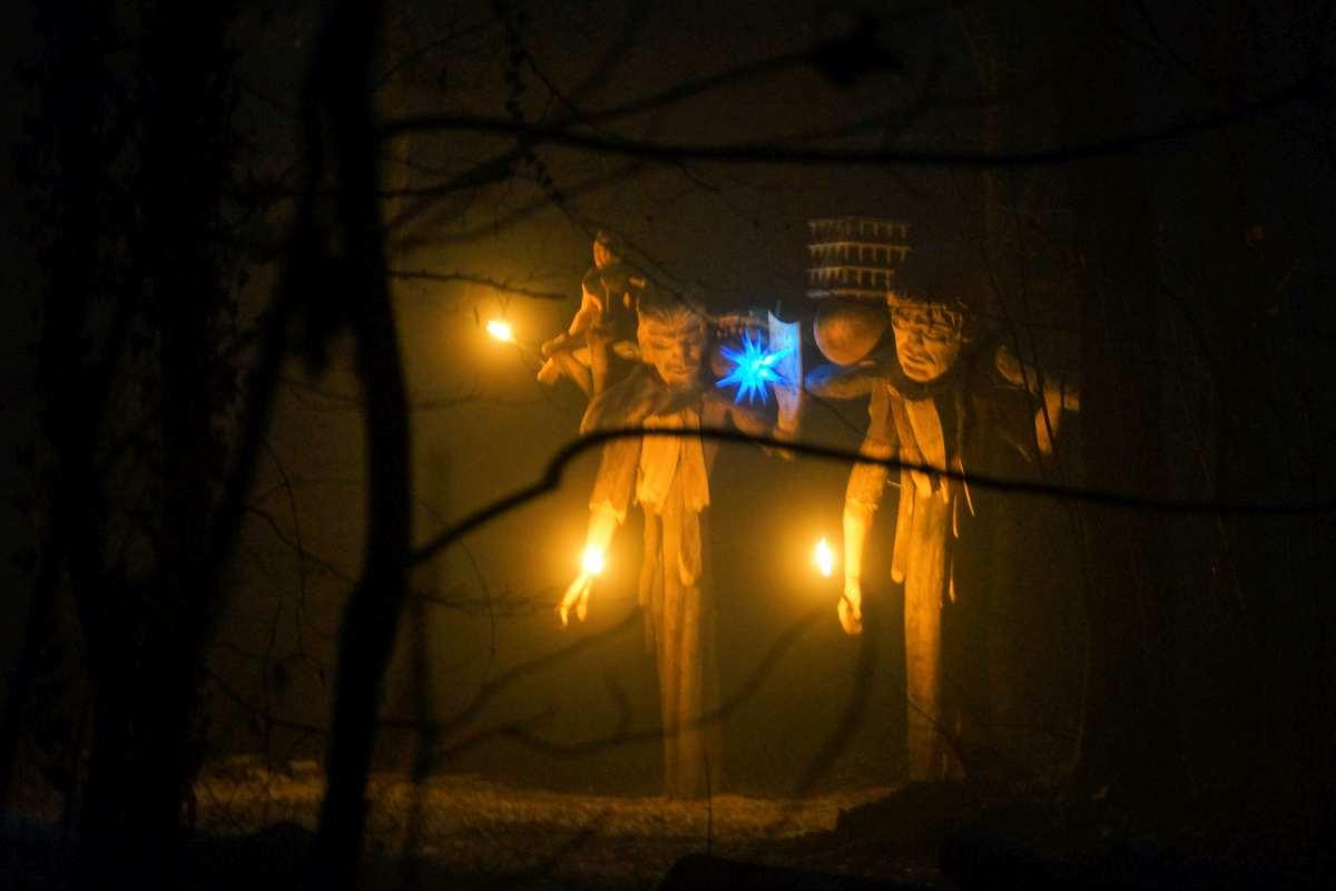 dezembernacht-das-waldtor-in-freiburg-waltershofen-thomas-rees-14