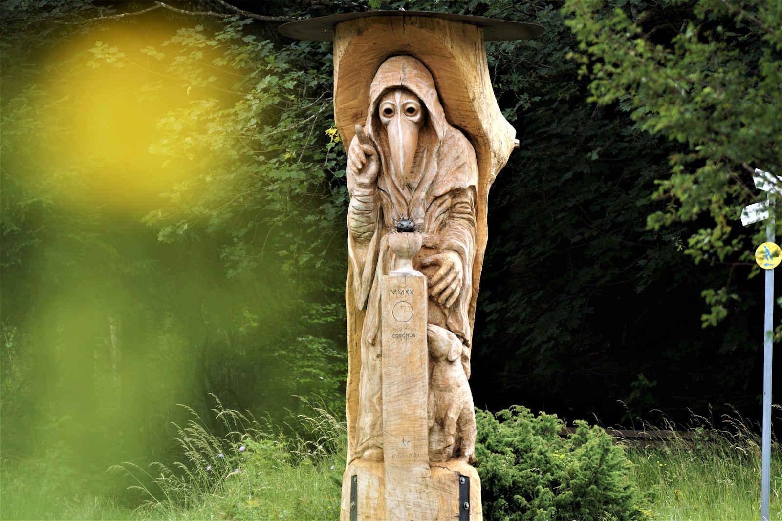 """Coronus"", Freiburg-Kappel im Juni 2020, homas rees"